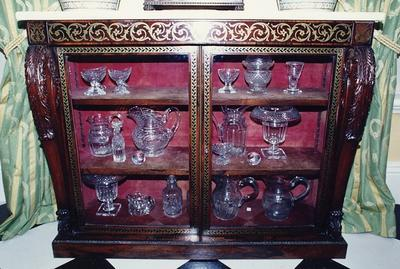 cabinet, pier