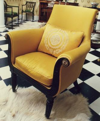chair, arm; A0121