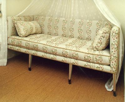 sofa; A0154