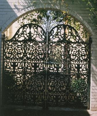 gate, carriage